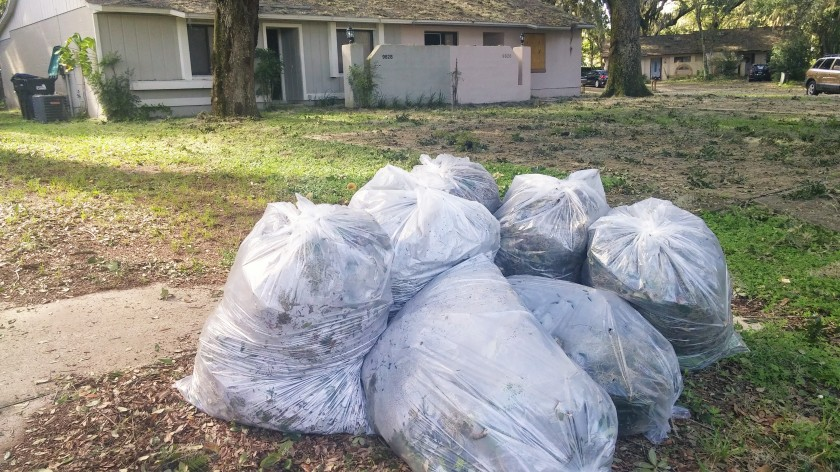 bagged_trash_2016